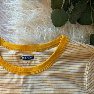 Old Navy Yellow Stripped Women's T-Shirt Size M